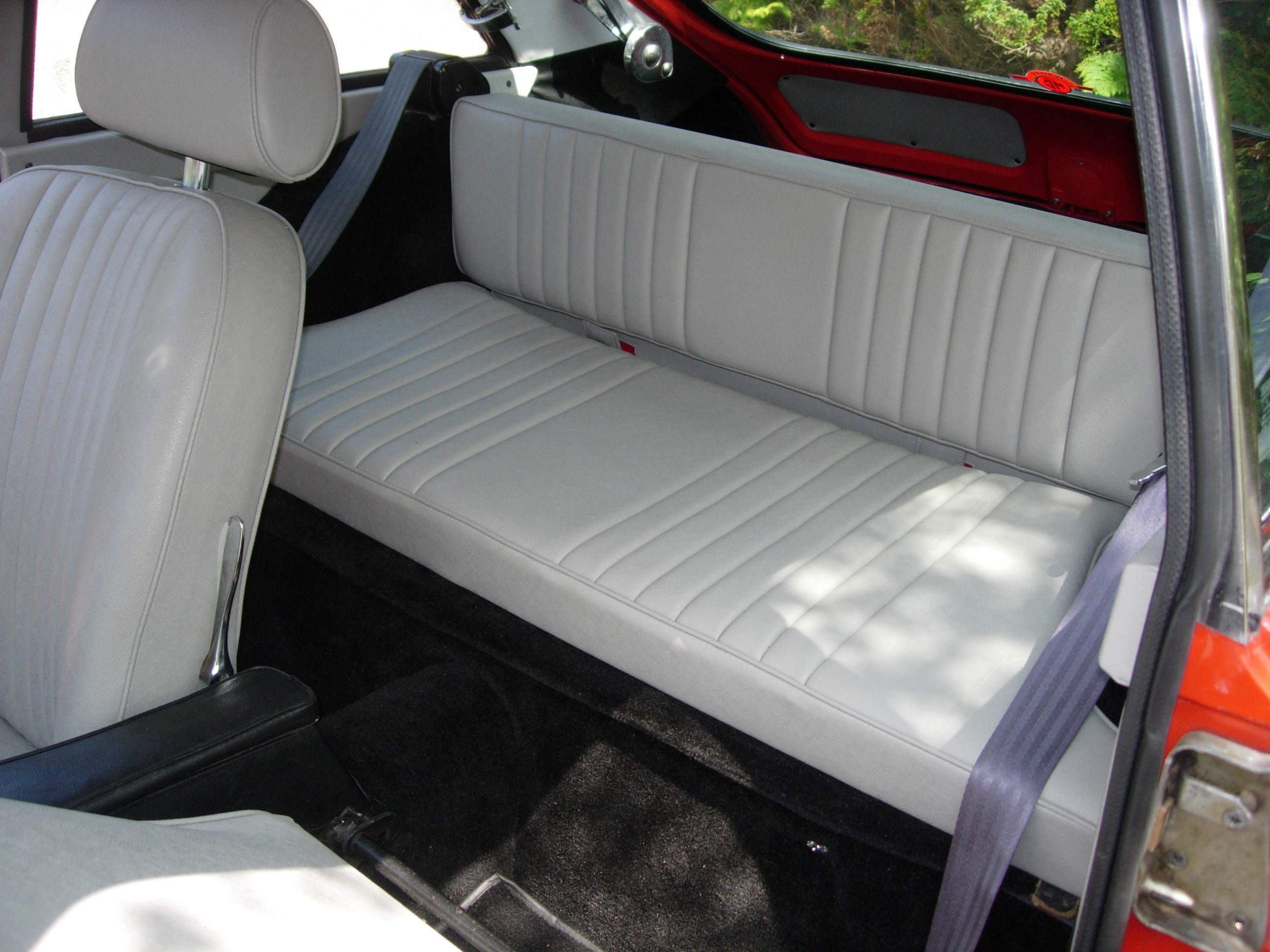 mgbo rearseat