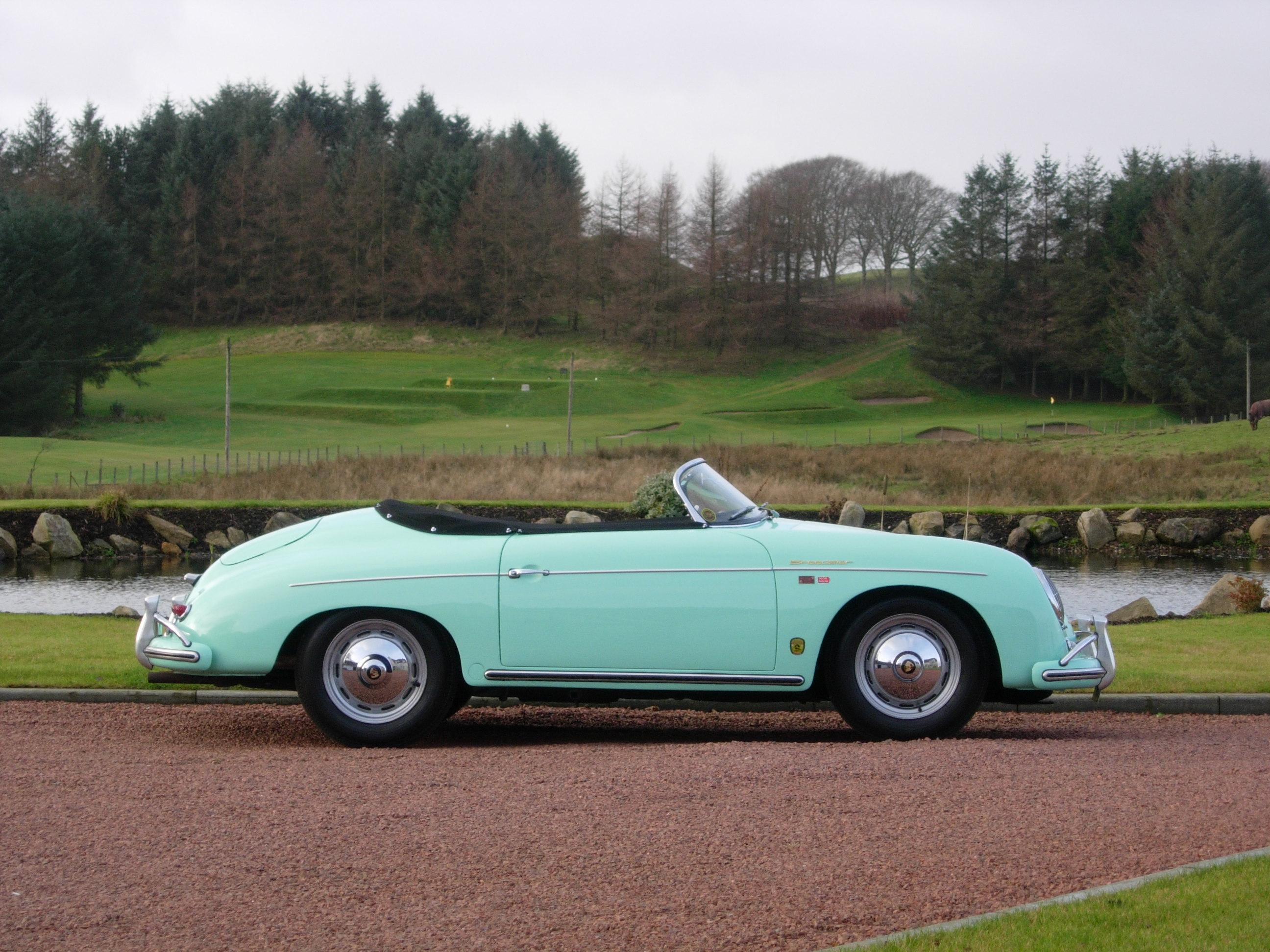 22 SPEEDSTER GREEN 356A 030