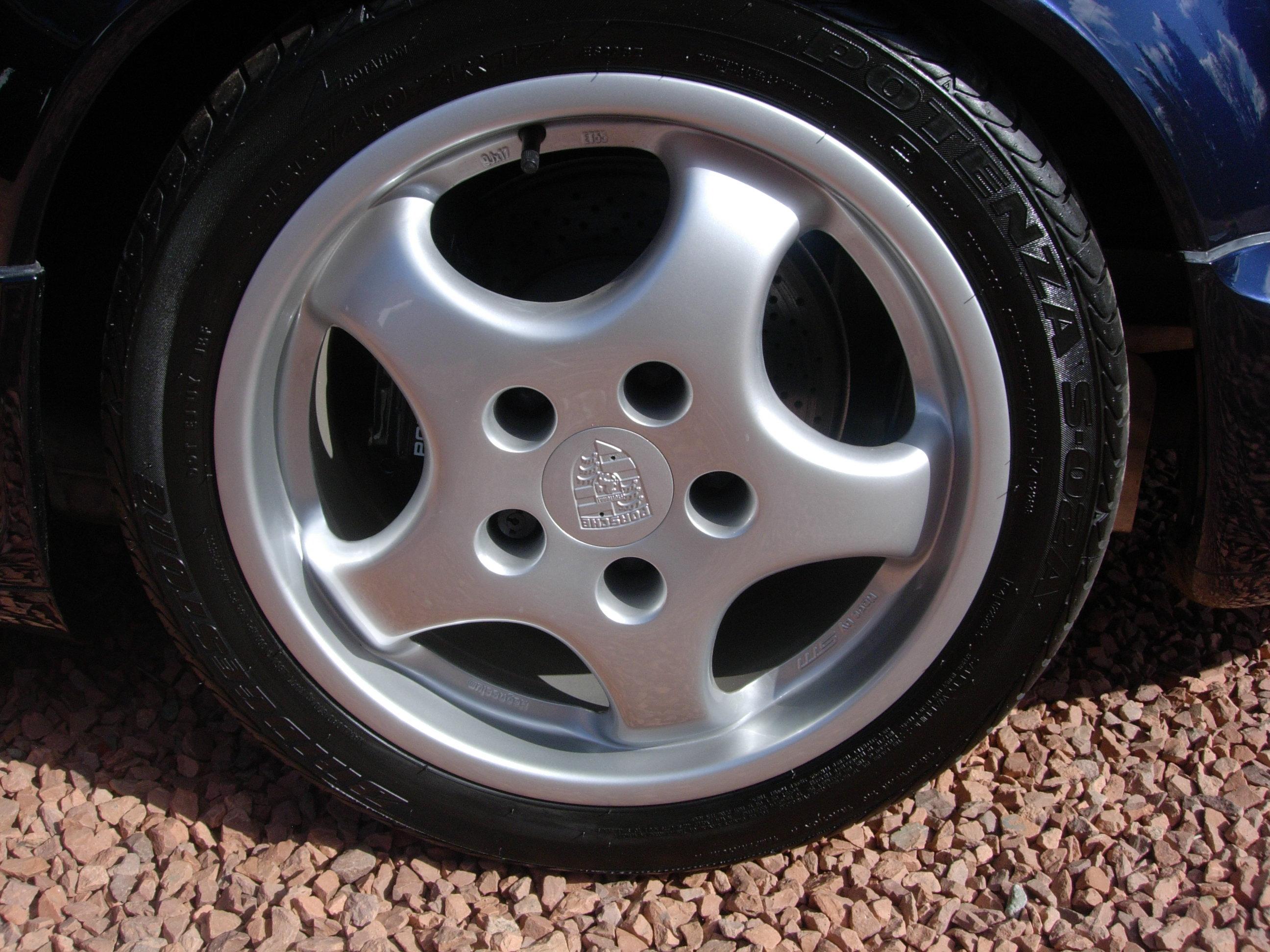 roadwheel