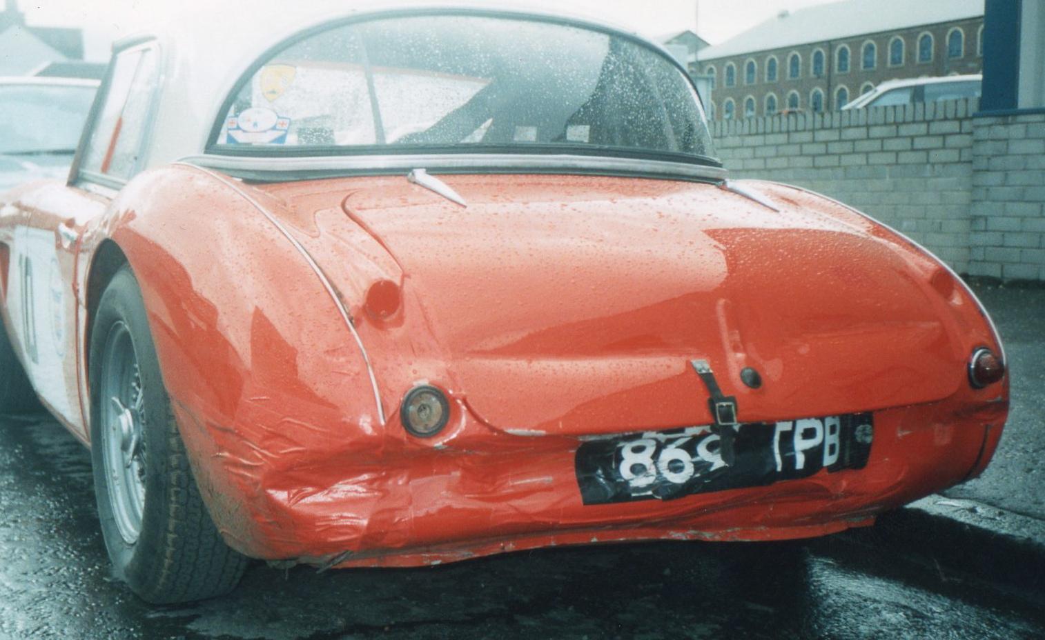 869 TPB aa rear damaged